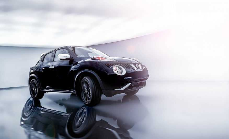 Nissan Black Pearl Edition pictures