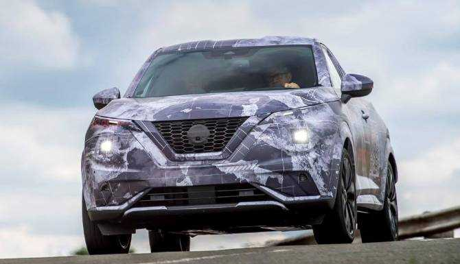 2020 Nissan Juke full front view.