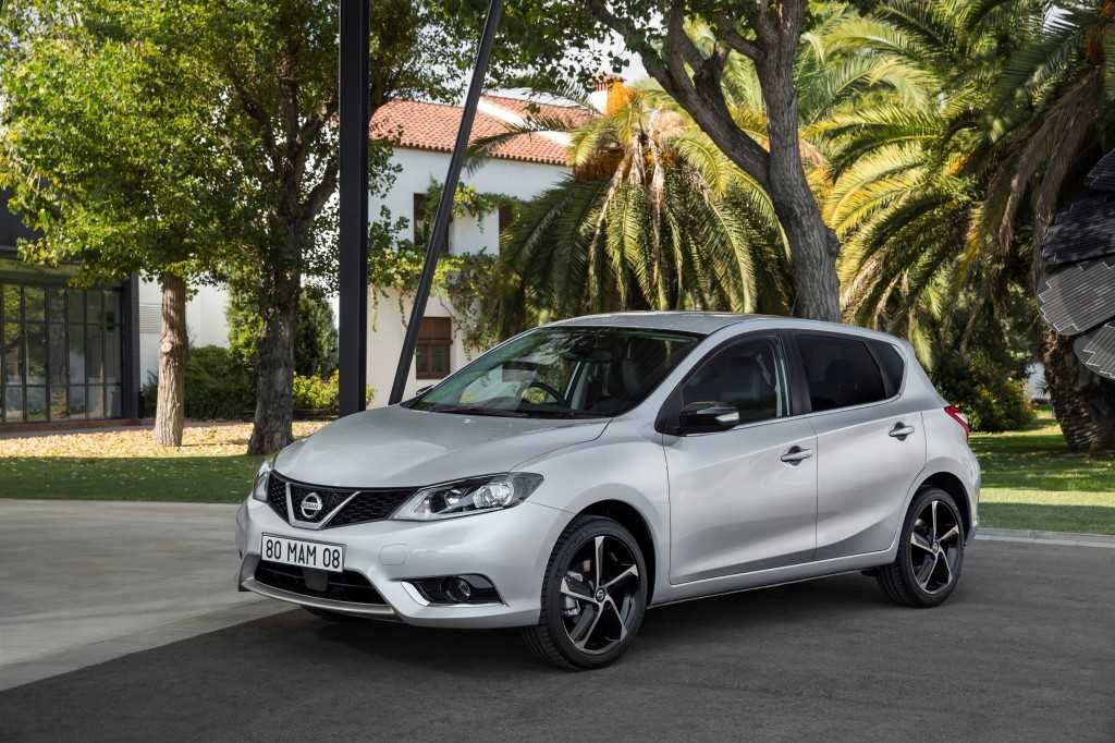 New Nissan Pulsar N-Connecta Style Edition (with 18-inch alloys)