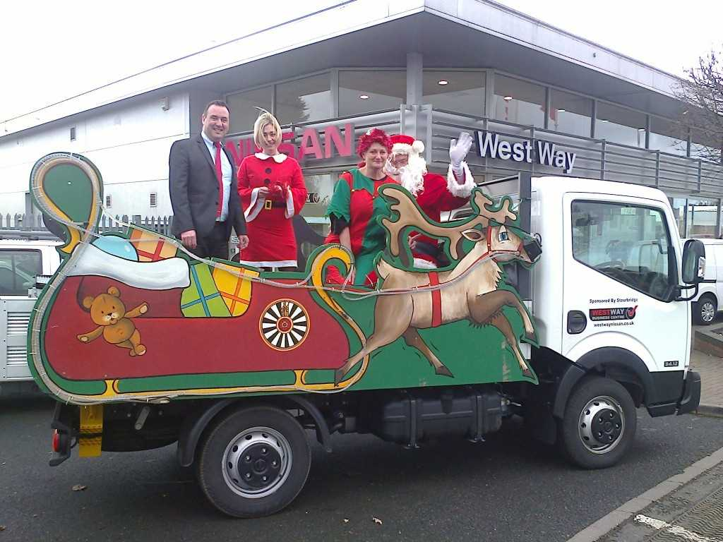 West Way Nissan Stourbridge helps Bewdley Round Table with a Santa's Sleigh