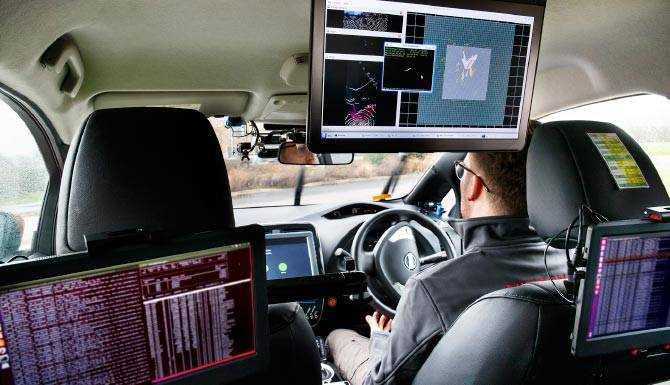 a-number-of-computers-where-used-insie-this-nissan-leaf-self-driving-test