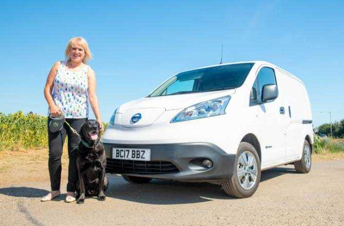Nissan e-NV200 Sets Tails Wagging