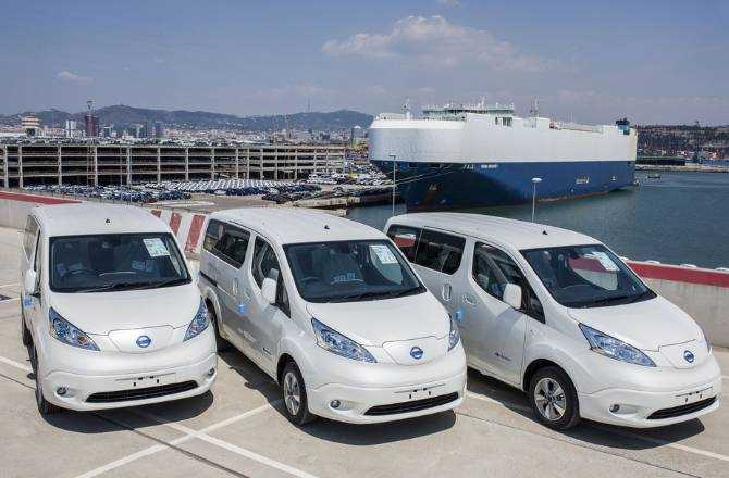 Nissan e-NV200 electric van posts record 10,000 orders in Europe as business leaders switch to zero-emissions deliveries