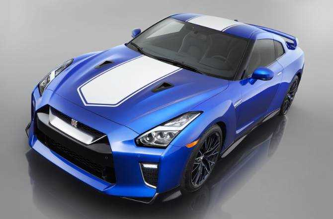 Nissan GT-R 50th Anniversary Edition debuts in New York