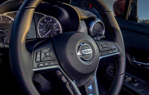 Micra Steering Wheel Controls