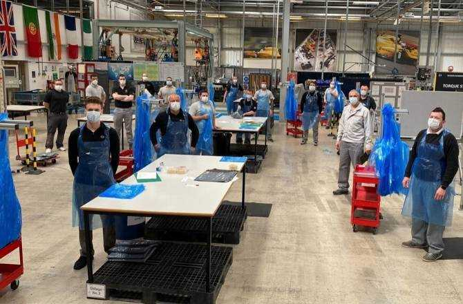 Nissan Sunderland Plant Team begin manufacture of aprons for Healthcare Workers