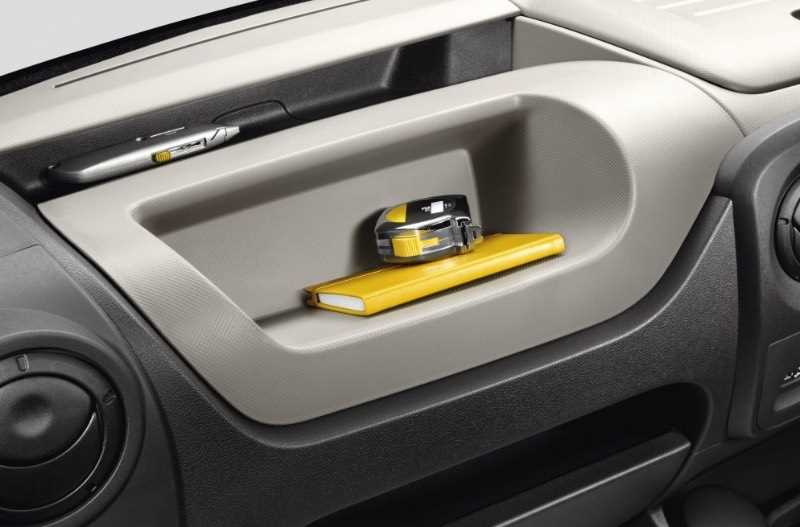 nv400-glove-box-storage-2